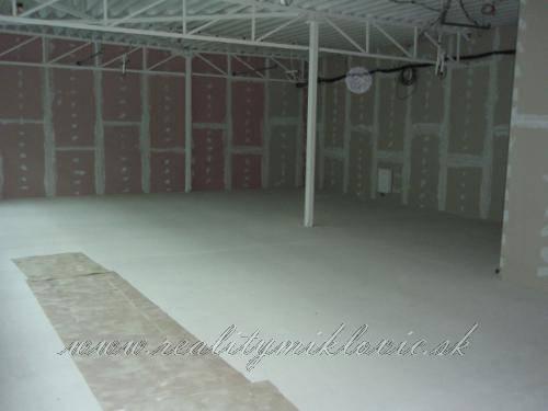 Ponuka - Na predaj - Nájomný priestor-holopriestor, 157,9 m2