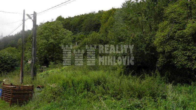 Ponuka - Na predaj - Pekný veľký stavebný pozemok Horná Mariková, 3719 m2.